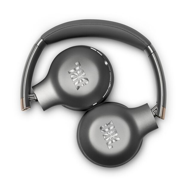 JBL EVEREST™ 310 - Gun Metal - Wireless On-ear headphones - Detailshot 1