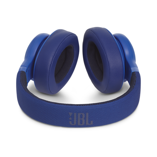 JBL E55BT - Blue - Wireless over-ear headphones - Detailshot 3