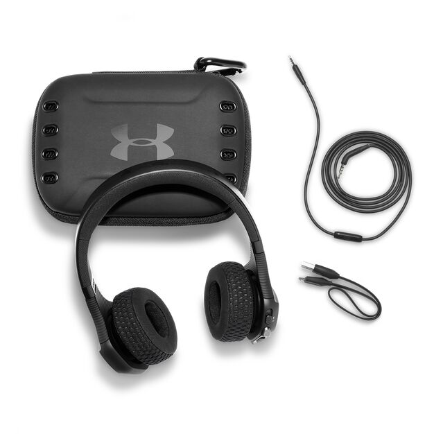 UA Sport Wireless Train – Engineered by JBL - Black - Wireless on-ear headphone built for the gym - Detailshot 5