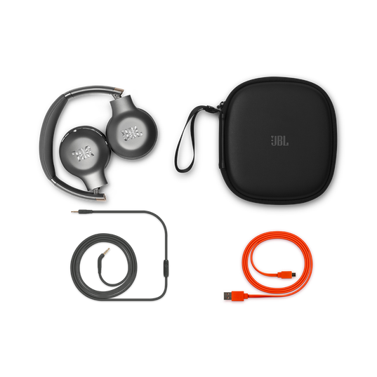 JBL EVEREST™ 310 - Gun Metal - Wireless On-ear headphones - Detailshot 3